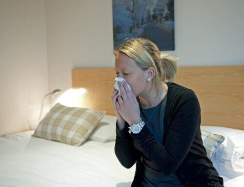 Allergivenlig maling: Mal væggen uden kløe og røde øjne